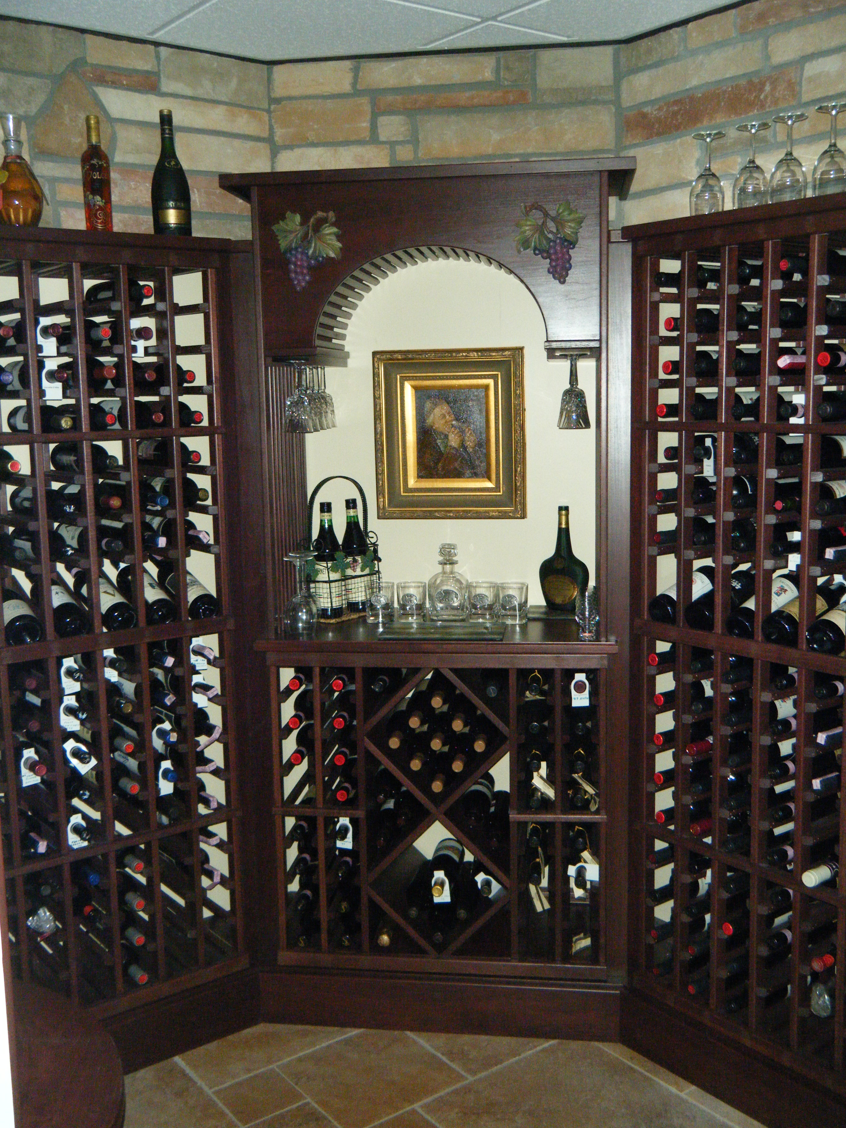 Vittones-Wine-Cellar-Filled-020